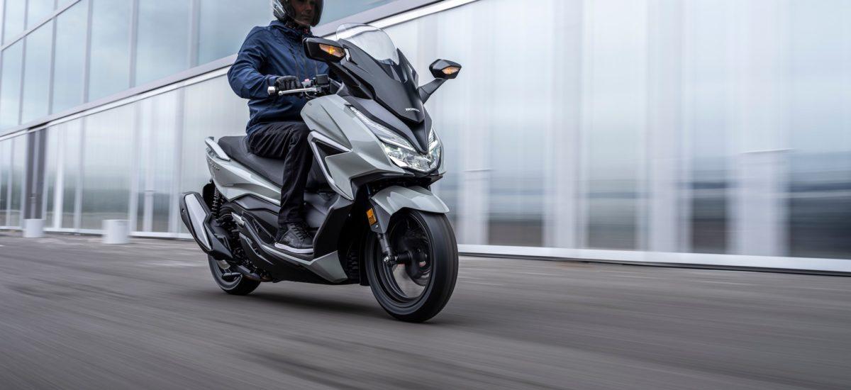 Montée en cylindrée pour le Honda Forza mid-size
