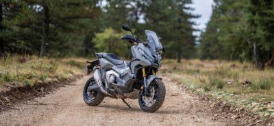 X-ADV 750: Honda remanie son scooter tout-chemin :: Nouveauté 2021