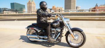 La Harley-Davidson Fat Boy brille encore plus