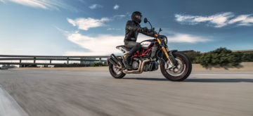 Indian revoit ses FTR 1200 dont la superbe version « R Carbon »