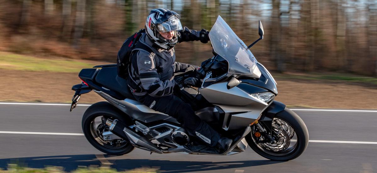 Essai – le nouveau Forza 750, confort et précision