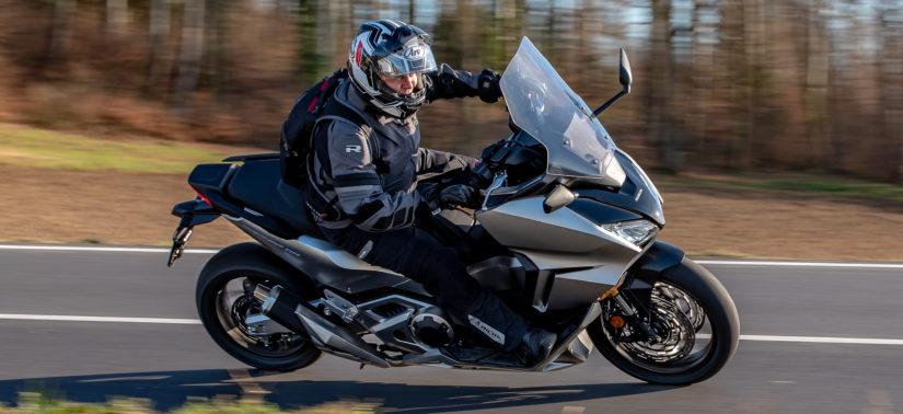 Essai – le nouveau Forza 750, confort et précision :: Honda :: ActuMoto