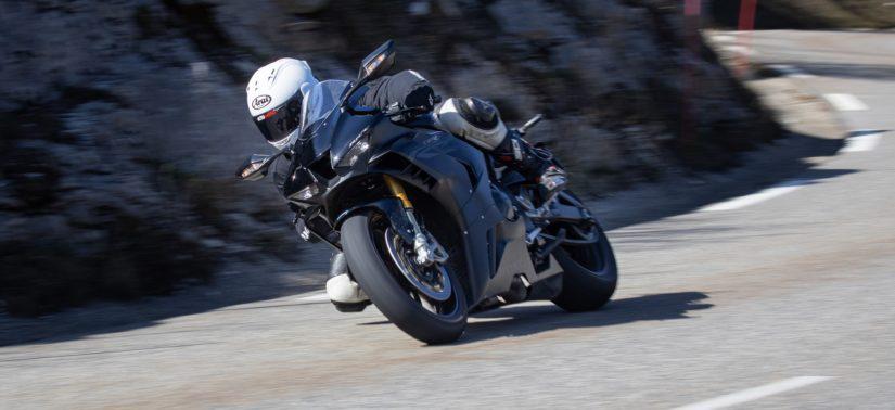 Essai CBR 1000 RR-R SP (sur route): le nouvel opus ne perd pas son ADN :: Test Honda :: ActuMoto