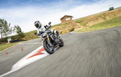 Essai – une Speed Triple plus puissante, et nettement plus agile, :: Test Triumph