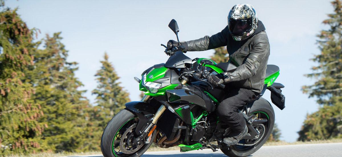 Essai ZH2 SE – Performances toujours au top, du mieux sur le confort et le freinage!