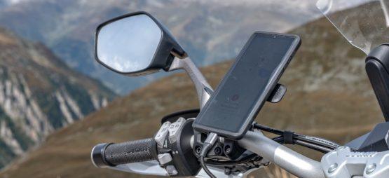 Test du système Quad Lock – et si le meilleur GPS moto était votre smartphone?