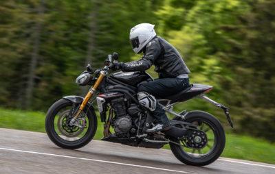Essai de la Triumph Speed Triple 1200 RS au quotidien (et sous la pluie) :: Test Triumph