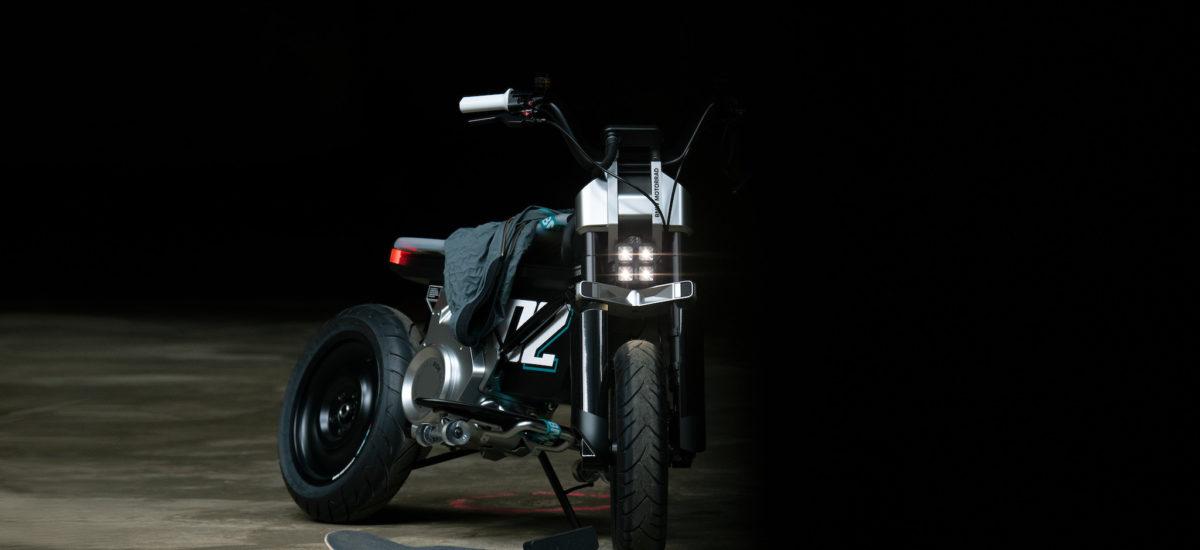 BMW dévoile un concept de petite moto électrique, la CE 02