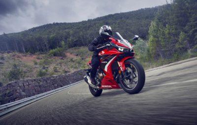 Une Honda CBR 500 R à la partie-cycle plus sportive :: Nouveauté 2022