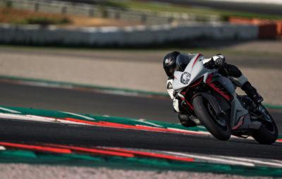 MV donne des ailes à sa F3 et améliore le paquet moteur-partie-cycle-électronique :: Nouveauté