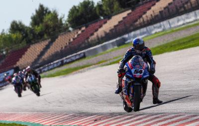 En Superbike, Razgatlioglu repart de Barcelone avec un point d'avance sur Rea :: WorldSBK Montmelò