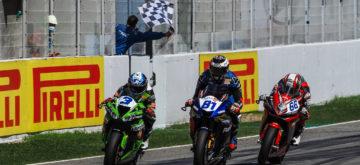 Krummenacher loupe le podium Supersport de peu à Barcelone