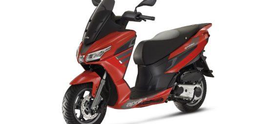Un nouveau petit scooter urbain Aprilia, le SXR 50