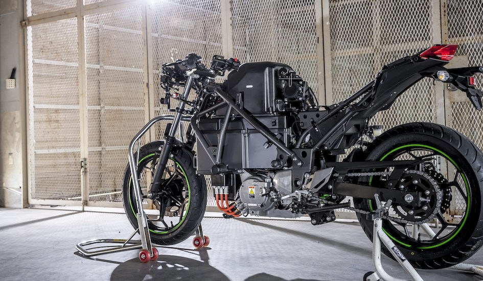 Kawasaki va lancer 26 nouveaux modèles d'ici 2025, dont 10 électriques, hybrides ou à hydrogène