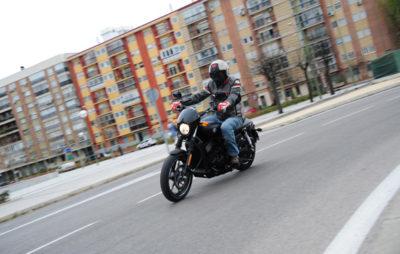 Le fun urbain façon Harley-Davidson Street 750 :: Harley-Davidson